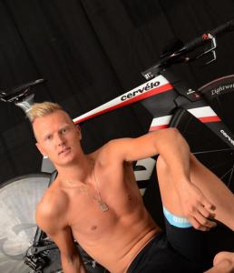cycliste dénudé (3)